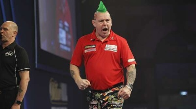 peterwright2017williamworlddartschampionshiproundonelawrencelustigpdc_x8qsbyzlf5oi1qd00z6kuwt92_400